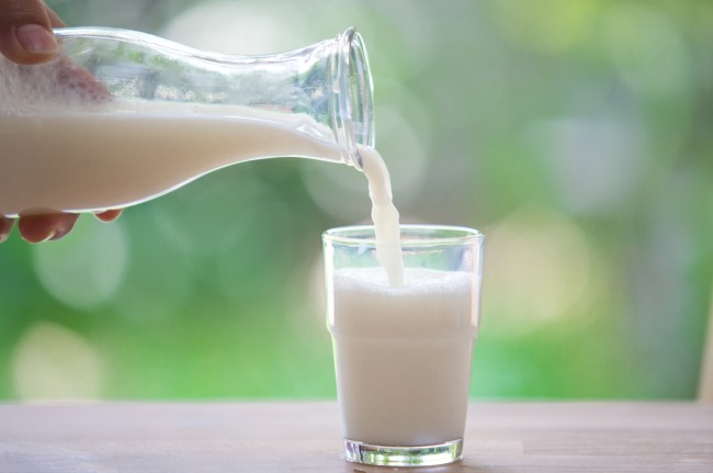 Evidence is mixed about the relationship between calcium intake and colorectal/prostate cancers.
