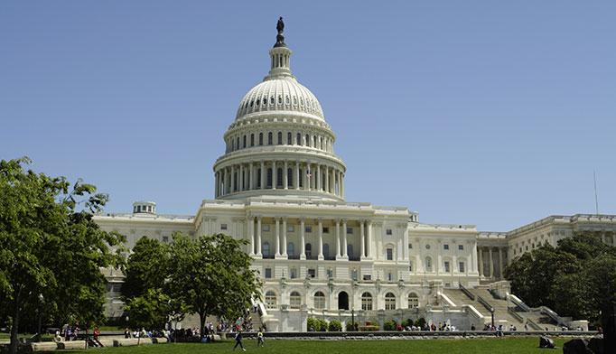 Congress endorses public use of VistA.