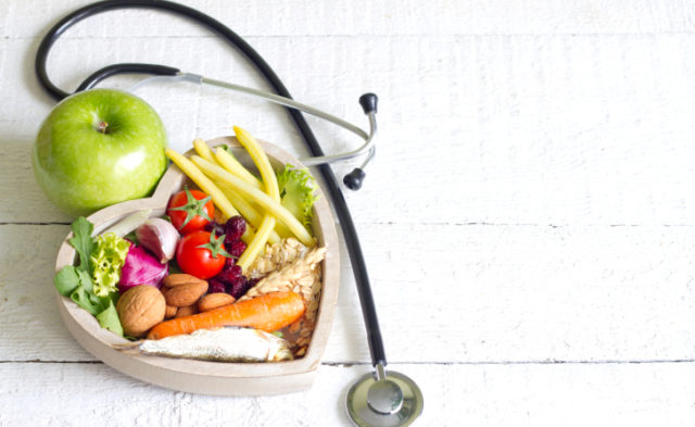 Consumption of total fruit and white vegetables, as well as other dietary factors, may contribute to