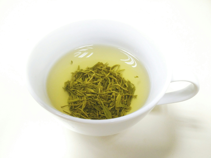 There is limited epidemiologic and lab-experiment evidence that green tea and green tea compounds ar