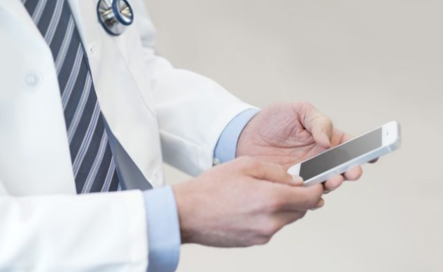 From anxiety and pain self-management to side effect monitoring in clinical trials, mobile applicati
