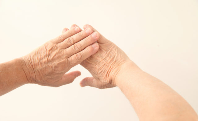 Onset of sorafenib-associated hand–foot skin reactions can be delayed by urea-based cream plus best