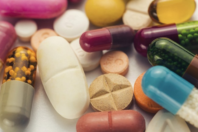 This fact sheet discusses the research on supplement use and cancer incidence.