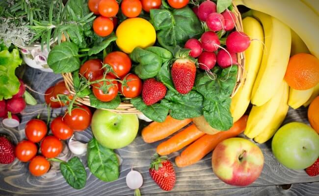 This fact sheet describes the potential role of dietary flavonoids in reducing cancer risk.